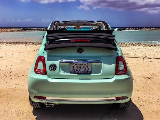 LivCuracao_Fiat 500C_mint